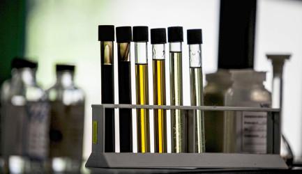 provette olio usato, olio nuovo VISOCLUBE